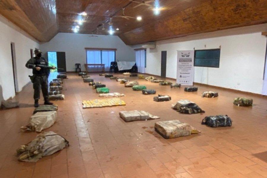 Gendarmería decomisó 910 kilos de marihuana en Misiones