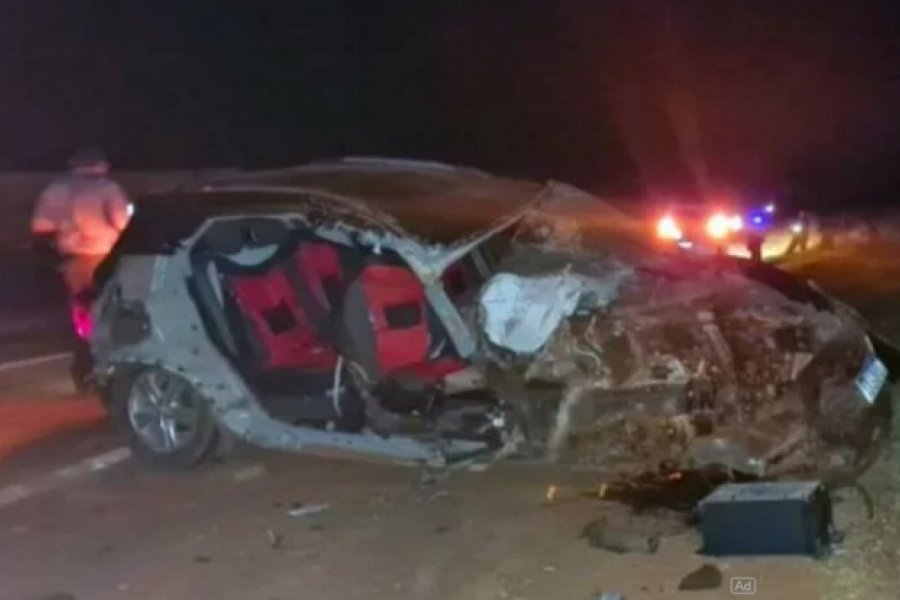 Virasoro: 3 muertos al chocar un auto contra un camión