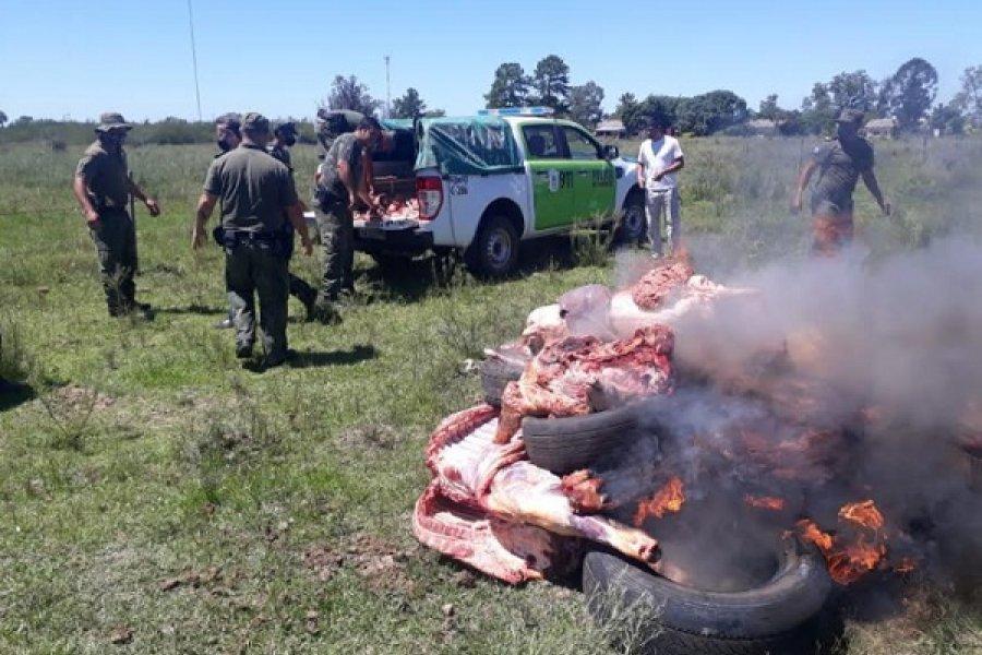 Policías incautaron carne vacuna, corderos y lechones no aptos para el consumo