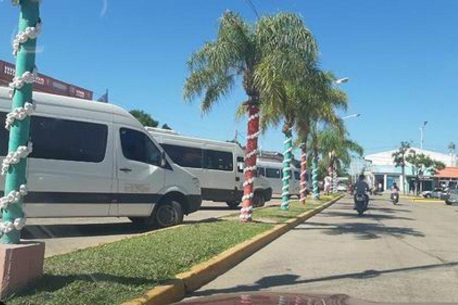 Combis y usuarios piden la reanudación del servicio de transporte