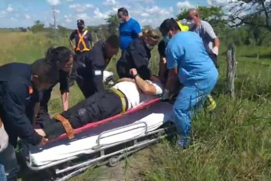 Tres heridos tras el vuelco de una ambulancia en Ruta 123