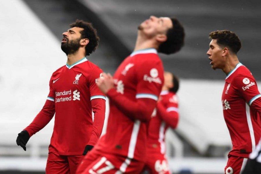 Liverpool empató con Newcastle y quedó al alcance de Manchester United