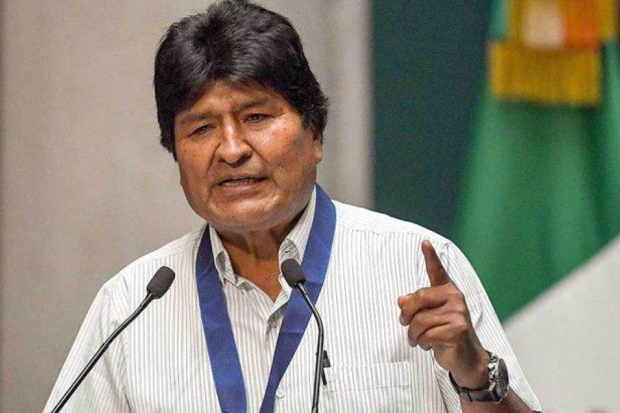 """Evo Morales denunció una """"guerra sucia de desinformación contra la vacuna rusa"""""""