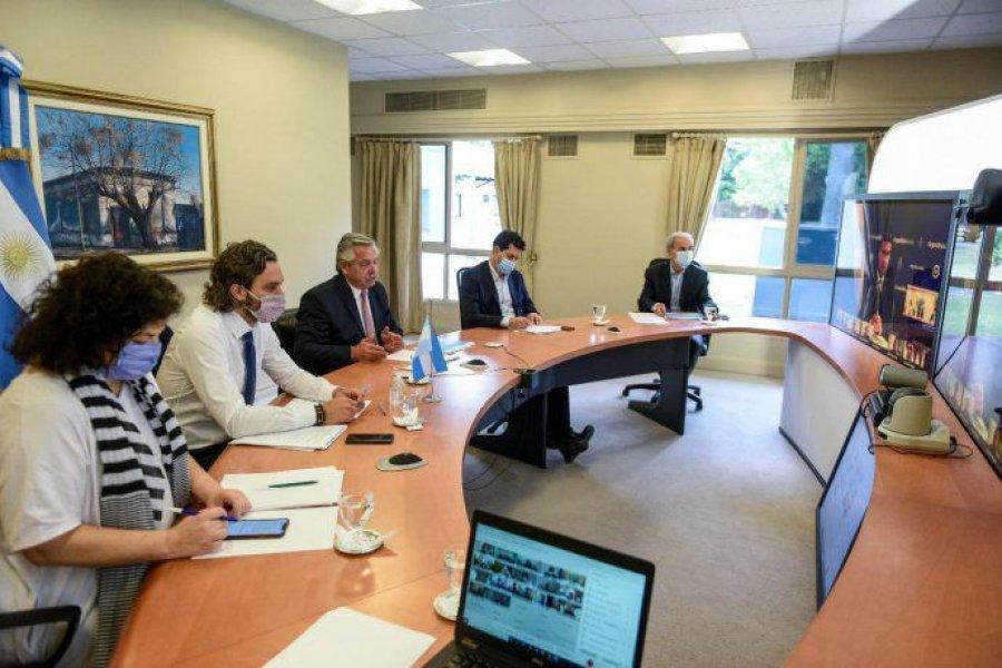 Fernández propuso a los gobernadores restringir la circulación nocturna y acotar reuniones a 10 personas