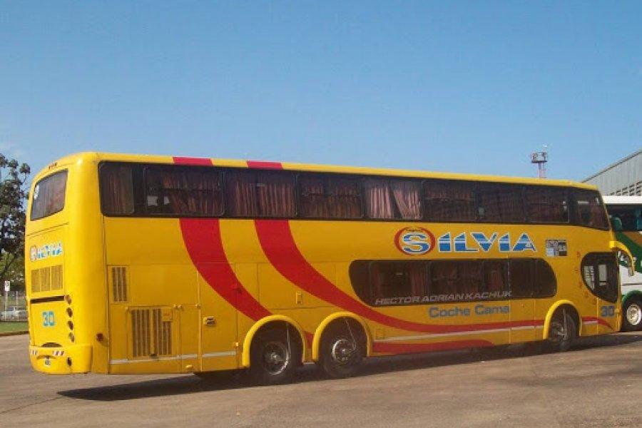 Suspendieron el servicio de transporte de Buenos Aires a Esquina