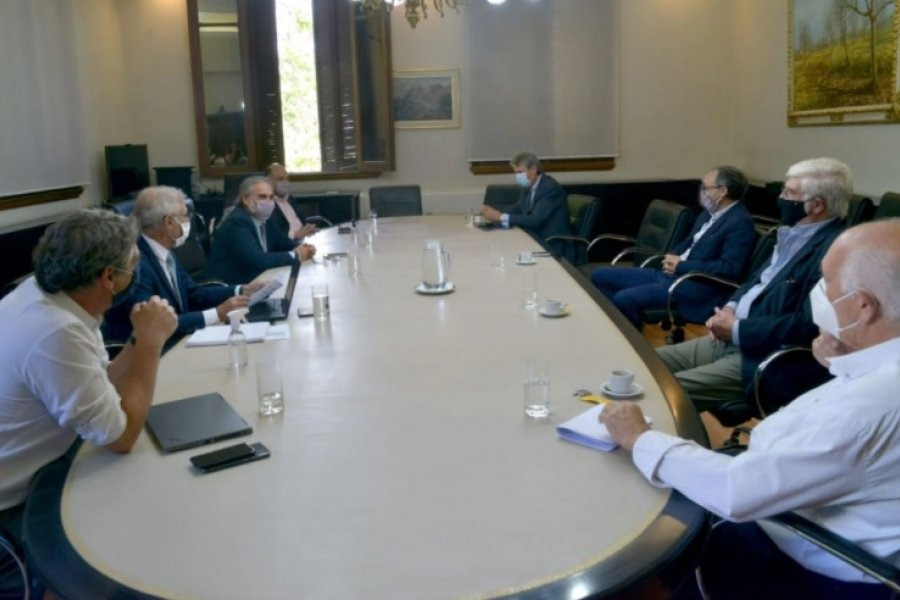 Maíz: Principio de acuerdo para garantizar exportaciones y abastecimiento interno