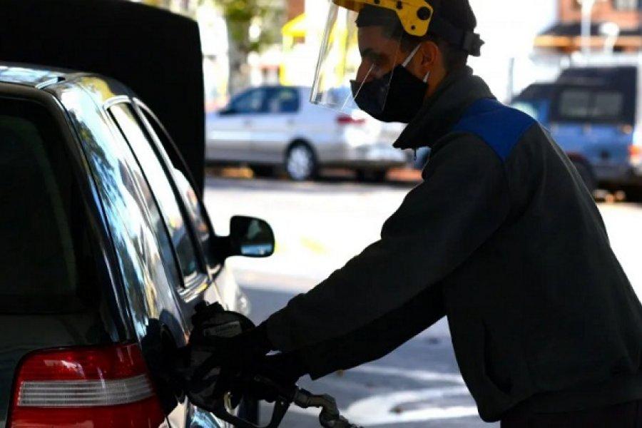 La nafta volvería a aumentar este sábado alrededor de un 2%