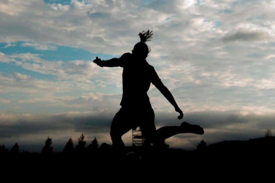 Boca y River definen al primer campeón de la era profesional