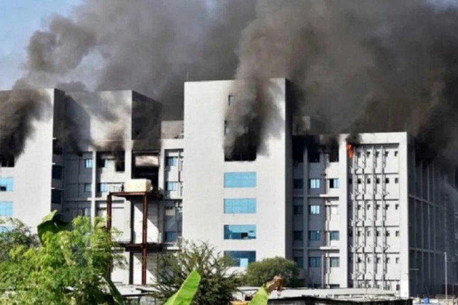 Se incendió una planta del mayor fabricante del vacunas del mundo en India