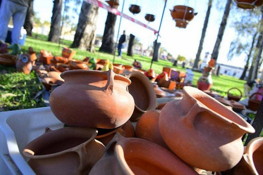 Exposiciones de artesanías y productos gastronómicos en los barrios San Martín y Ex Aero Club