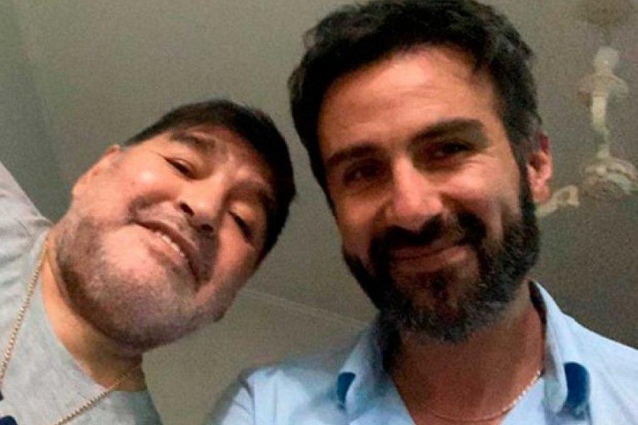 """Los mensajes de Luque y Cosachov mientras fallecía Maradona: """"Se va a cagar muriendo el gordo"""""""