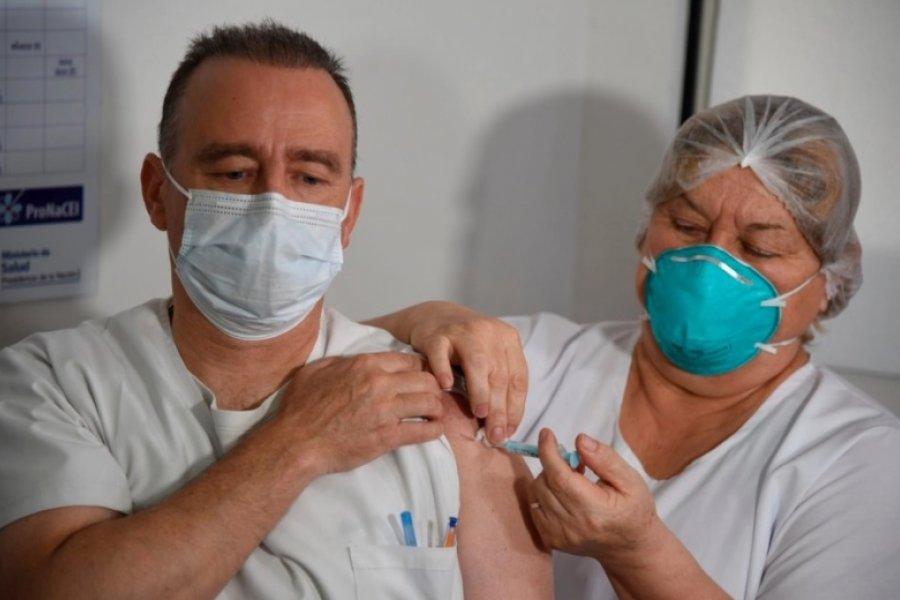 Las condiciones que deberán cumplir los mayores de 60 años para vacunarse