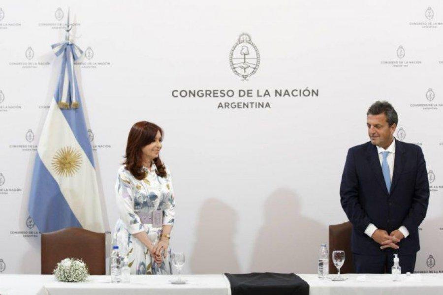 Cristina y Massa extenderán el congelamiento de las dietas de los legisladores