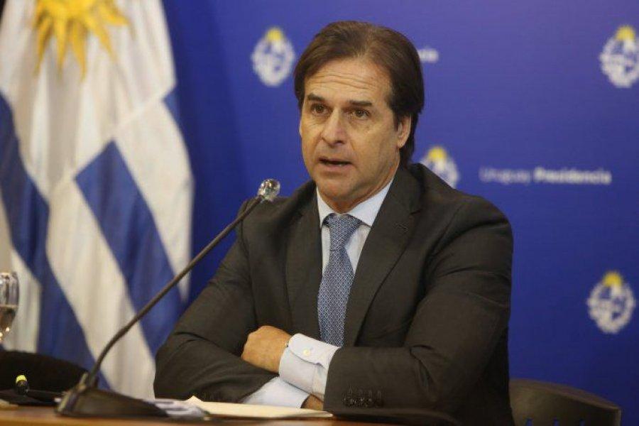Uruguay comprará 3,75 millones de dosis de los laboratorios Pfizer y Sinovac