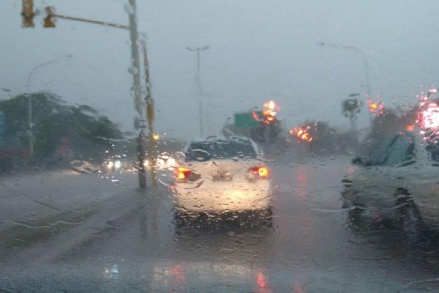 Pronostican un domingo lluvioso en la Capital provincial