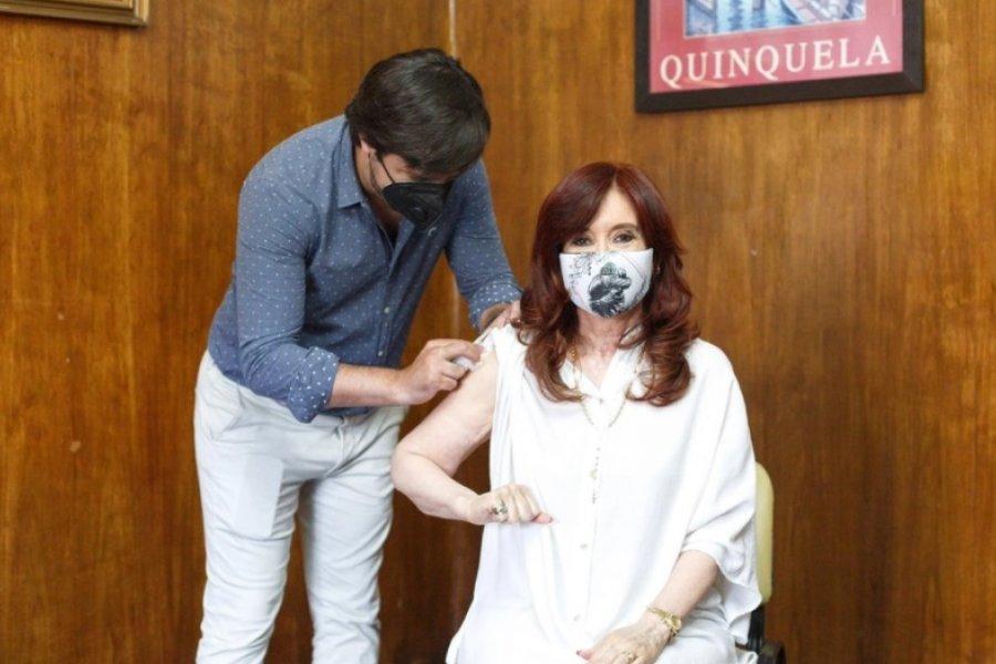 Cristina Kirchner recibió la primera dosis de Sputnik V