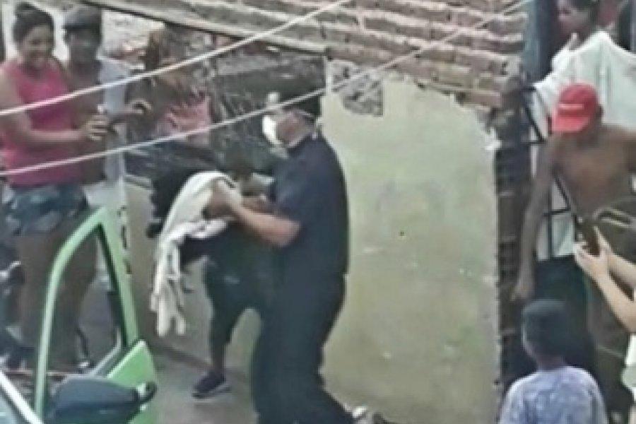 La Policía rescató a un mono que se paseó por varios barrios de la Ciudad