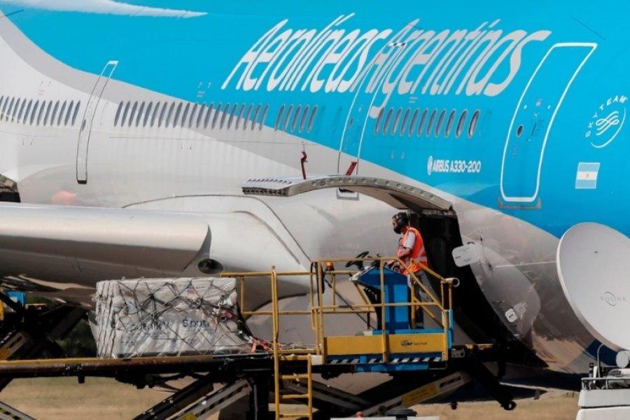 Aerolíneas partirá esta noche para buscar nuevas partidas de la vacuna Sputnik V
