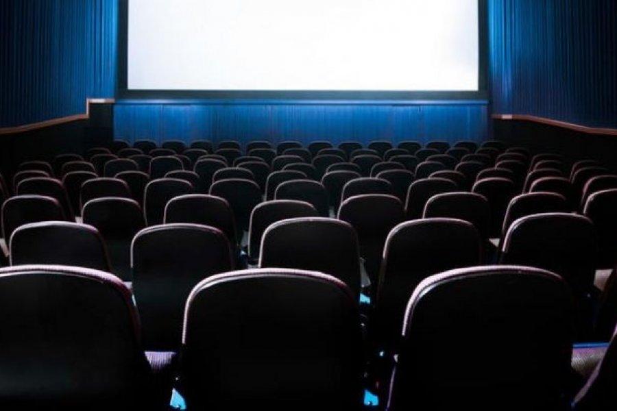 Pese a la habilitación, los cines de Capital no abrirán por falta de estrenos