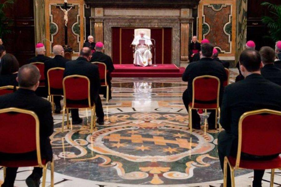Papa Francisco: Catequesis es fundamental para la comunidad ante el coronavirus