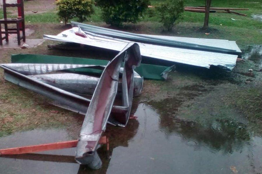 Fuerte tormenta ocasionó graves destrozos en Monte Caseros
