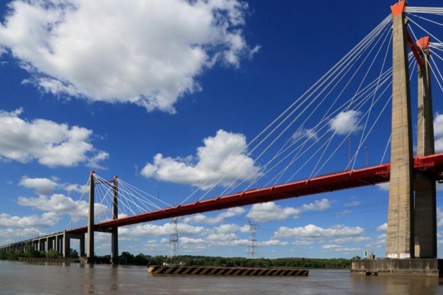 Paraná, canal y soberanía