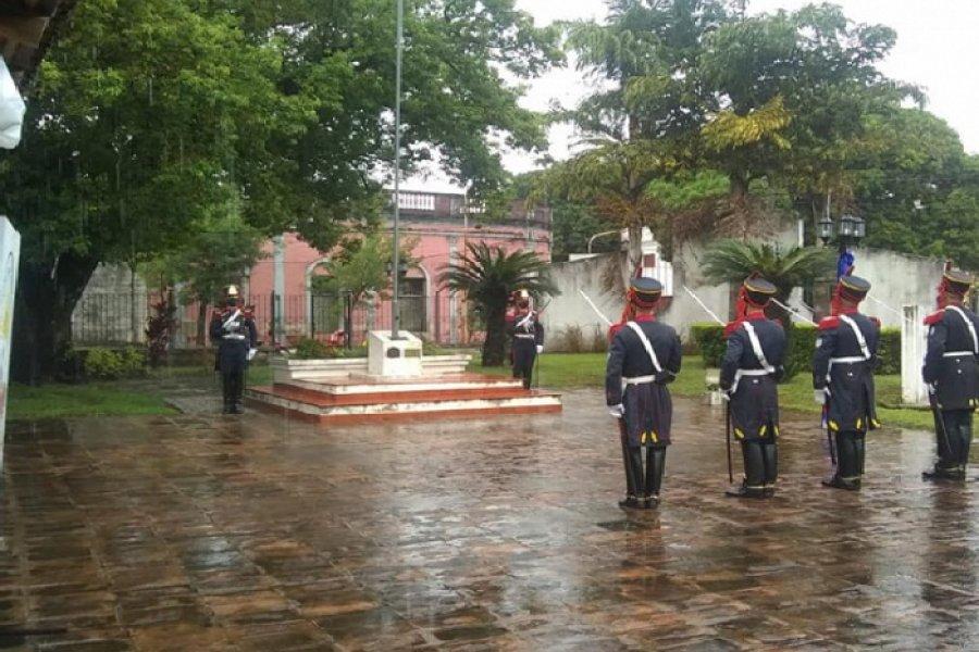 Bajo la lluvia, los Granaderos recordaron el Combate de San Lorenzo