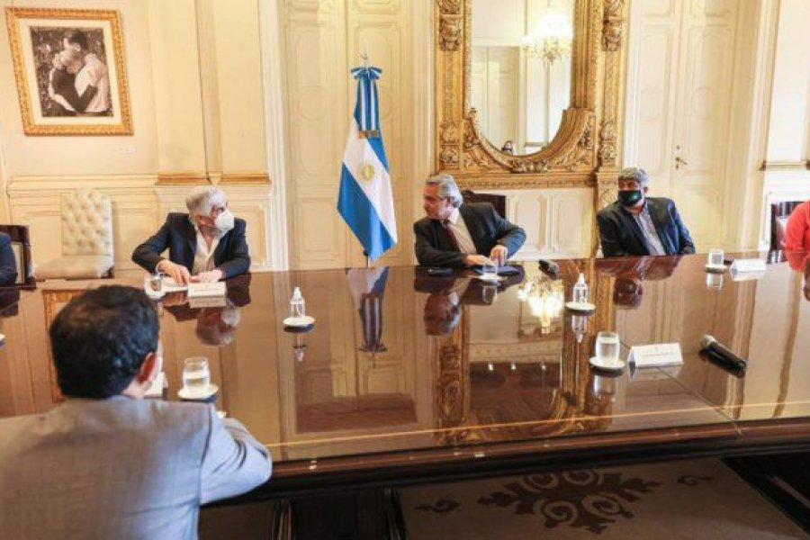 Fernández se reunió con los Moyano y empresarios del transporte de cargas