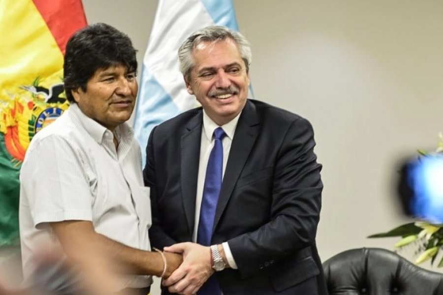 El Gobierno envió 10 toneladas de oxígeno medicinal a Bolivia para atender casos de COVID-19
