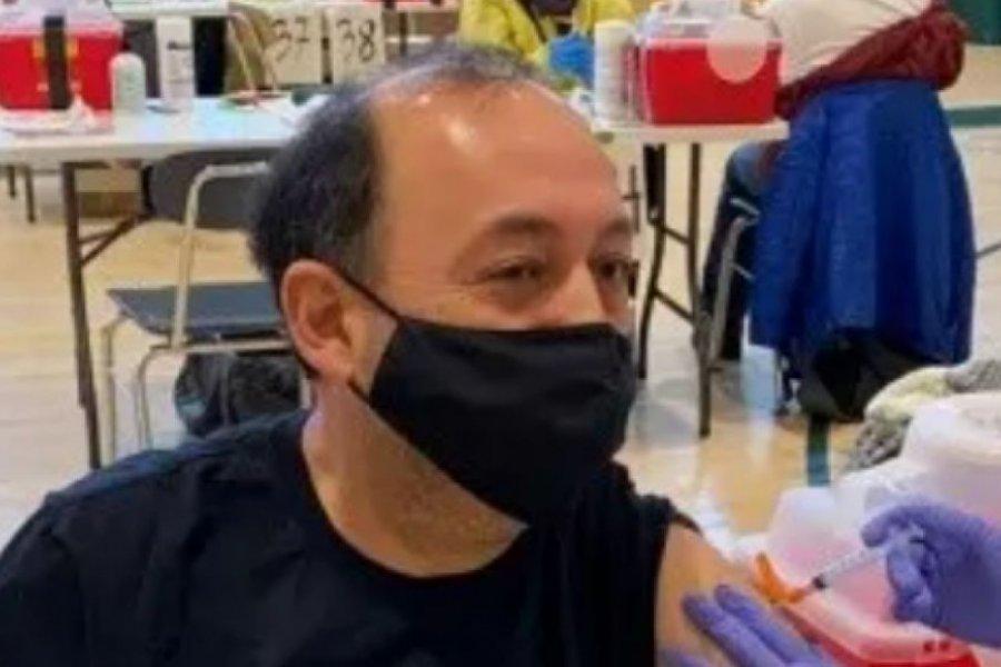 Un correntino se vacunó contra el coronavirus en Nueva York