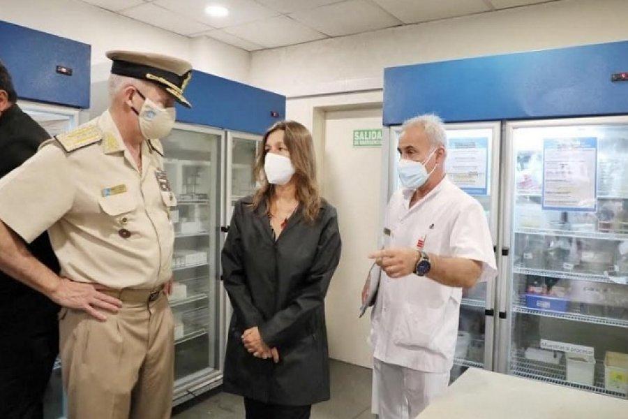 Frederic supervisó el operativo de vacunación al personal sanitario de las fuerzas federales