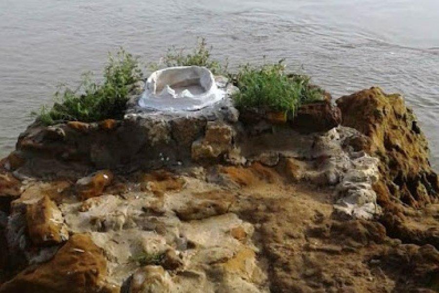 Itatí: Destrozaron la imagen que se encontraba al margen del Paraná