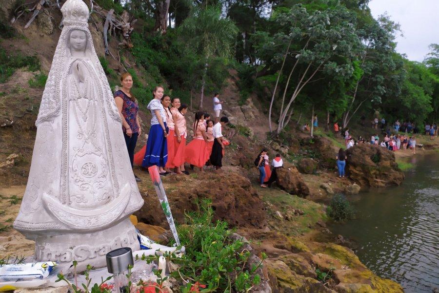 Itatí: repusieron la imagen de la Virgen que fue destrozada