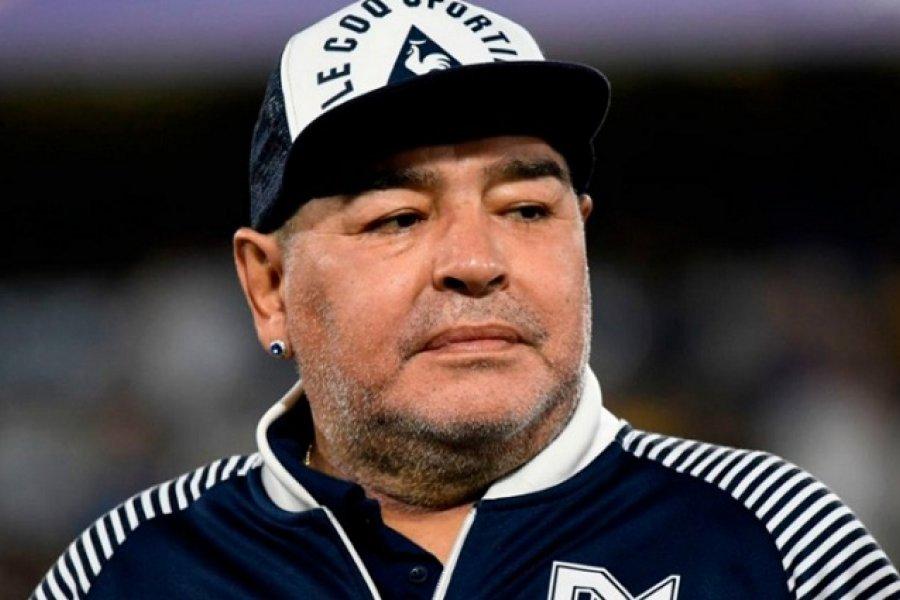 El juez autorizó a los fiscales a abrir los celulares de Diego Maradona
