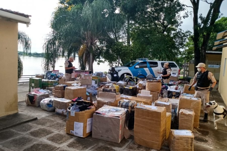 Prefectura secuestró un cargamento millonario de mercadería de contrabando