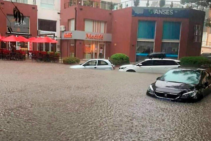 Pinamar, bajo el agua por un fuerte temporal