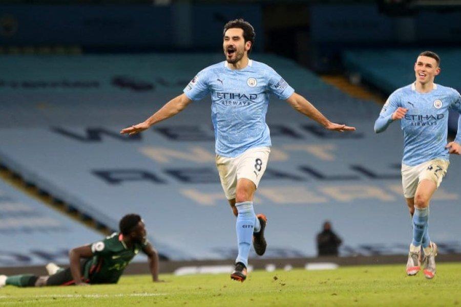 Manchester City goleó a Tottenham y estiró la diferencia en la punta