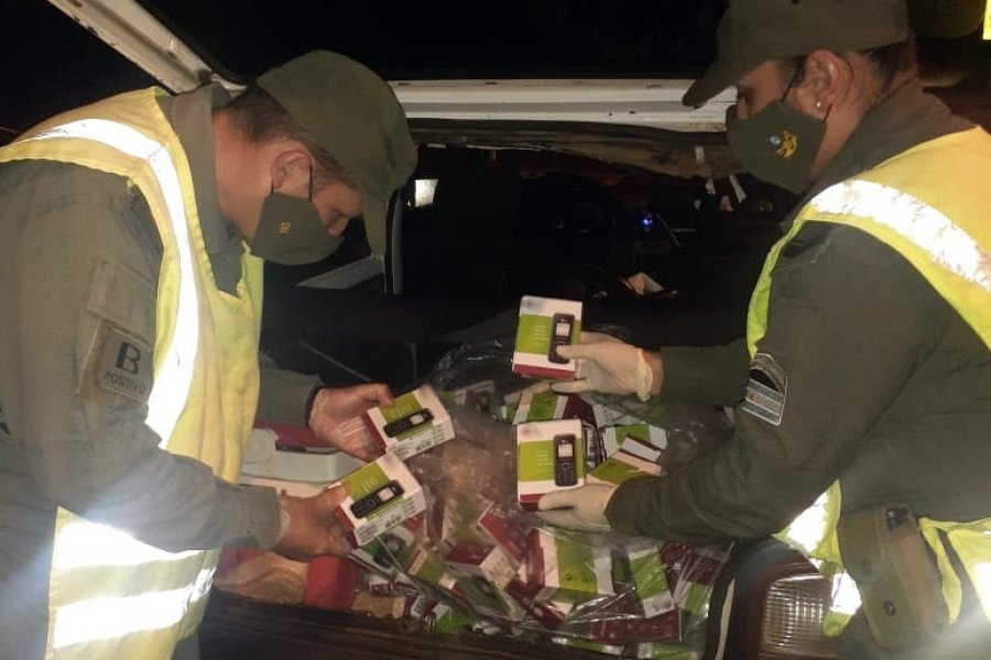 Gendarmería secuestró 200 celulares de contrabando