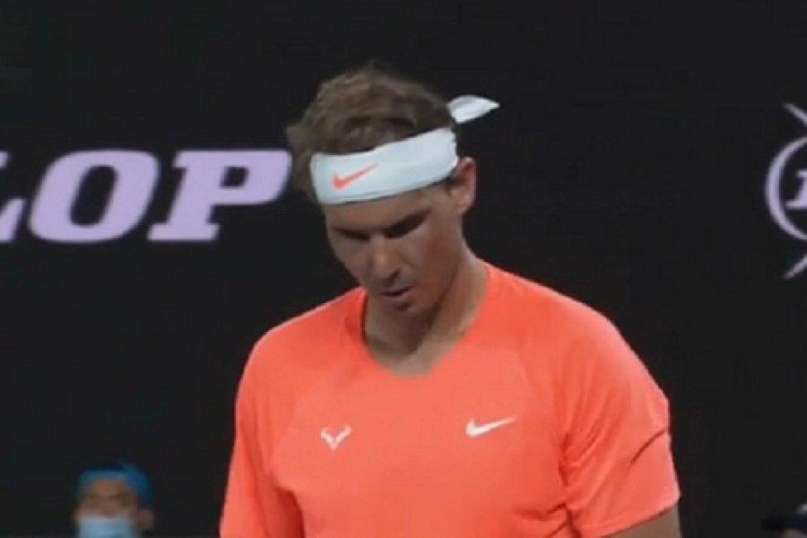 Stéfanos Tsitsipás dio el golpe y eliminó a Rafael Nadal