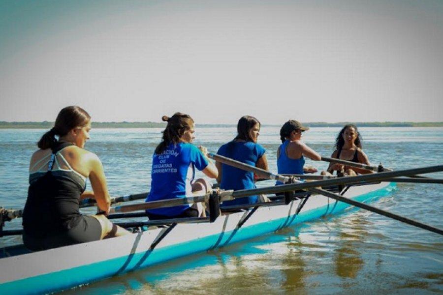 Gran jornada de remo para mujeres