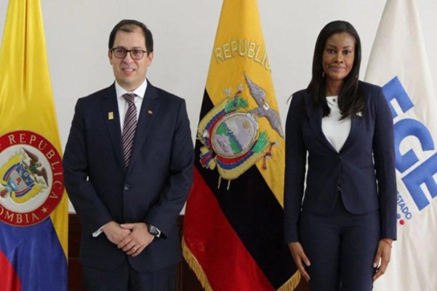 La derecha colombiana se metió de lleno en las elecciones de Ecuador
