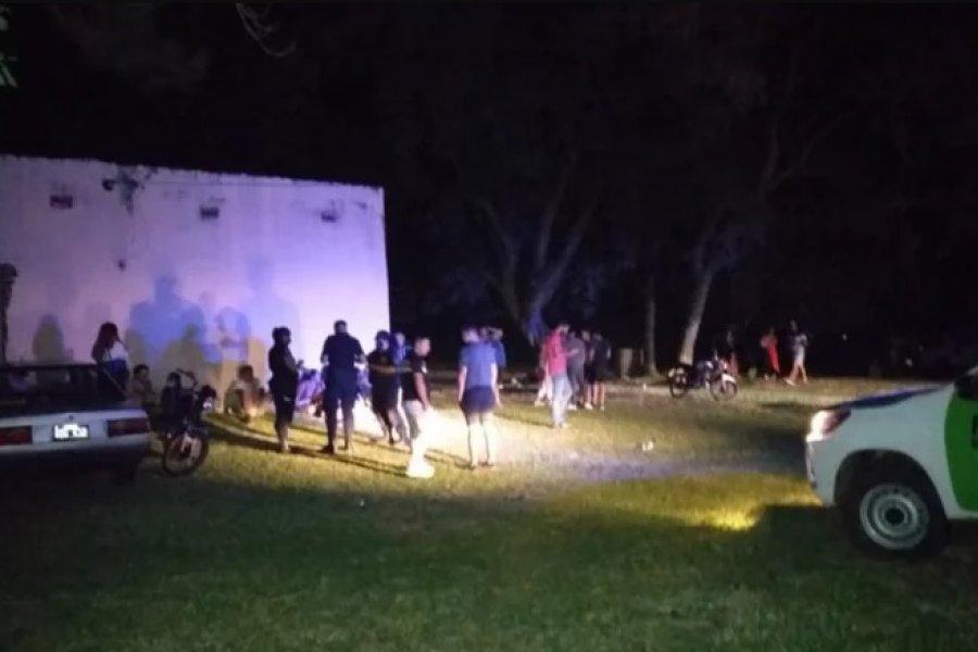 Desbarataron fiesta clandestina en la que participaron 40 personas