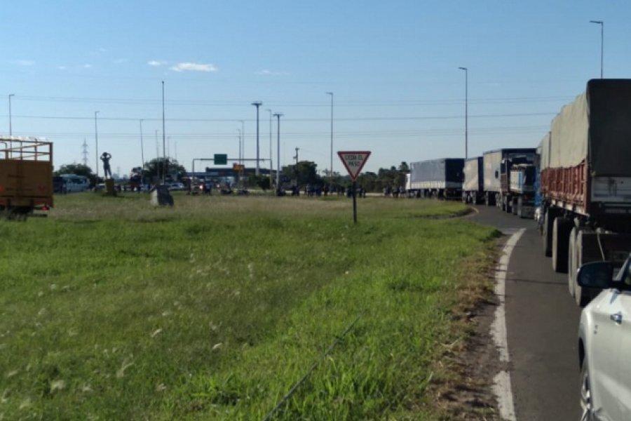 Chaco: Levantaron el corte en el puente interprovincial
