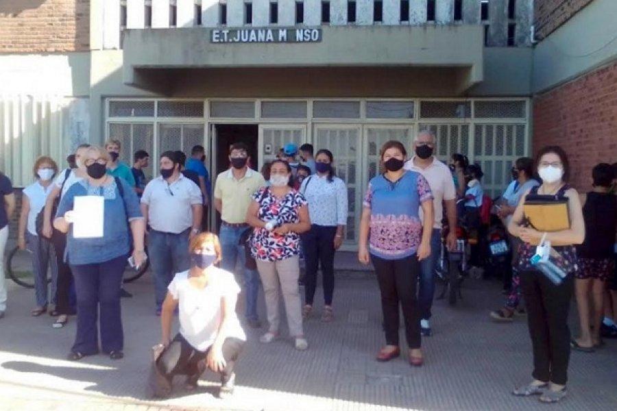 Coronavirus: Docentes no ingresaron a una escuela por falta de desinfección sanitaria