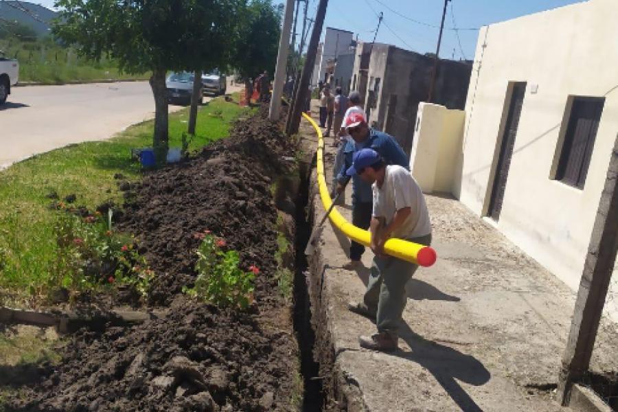 Arrancó el tendido de red de gas natural en Monte Caseros