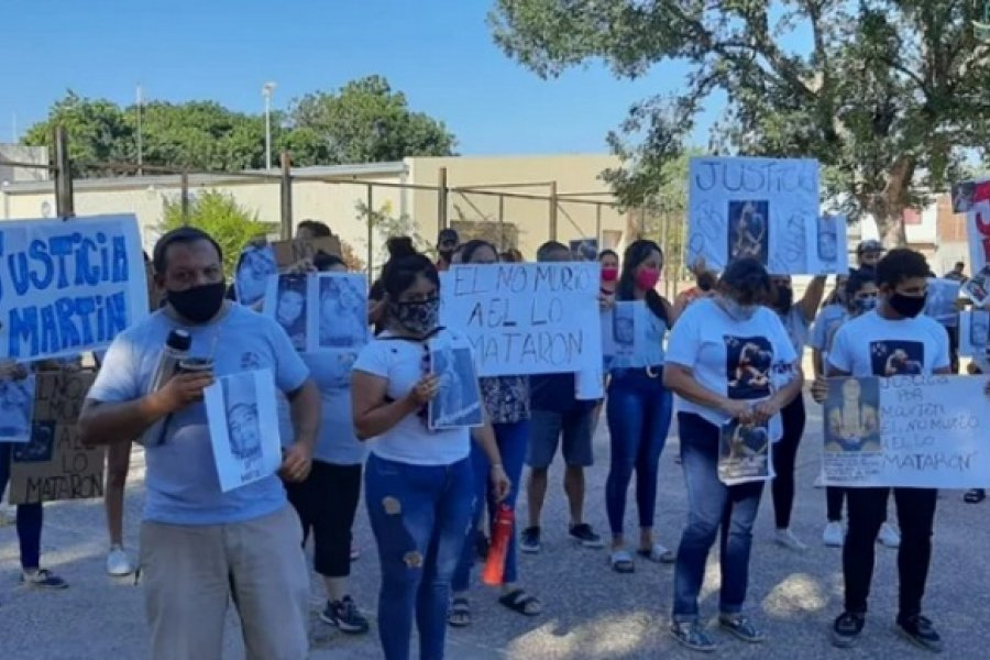 Crimen en el Pirayuí: Familiares y amigos de Martín pidieron justicia