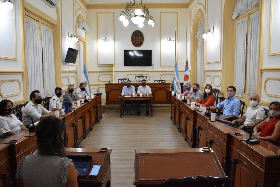 Anunciaron aumentos salariales para Municipales de Capital