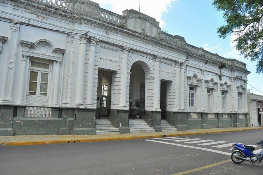 Caótica situación en una escuela céntrica de Corrientes