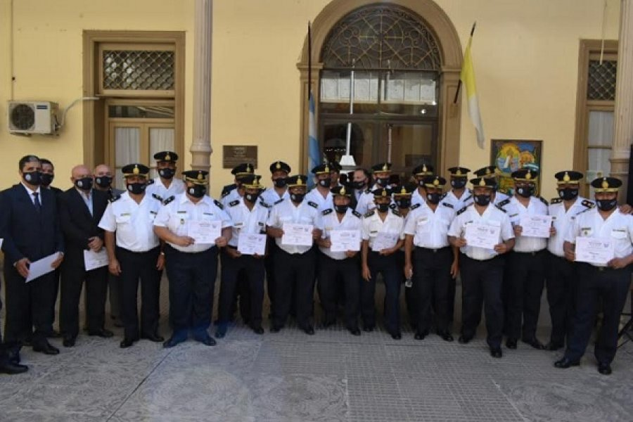 Policías celebraron 30 aniversario de la XXV Promoción de Oficiales