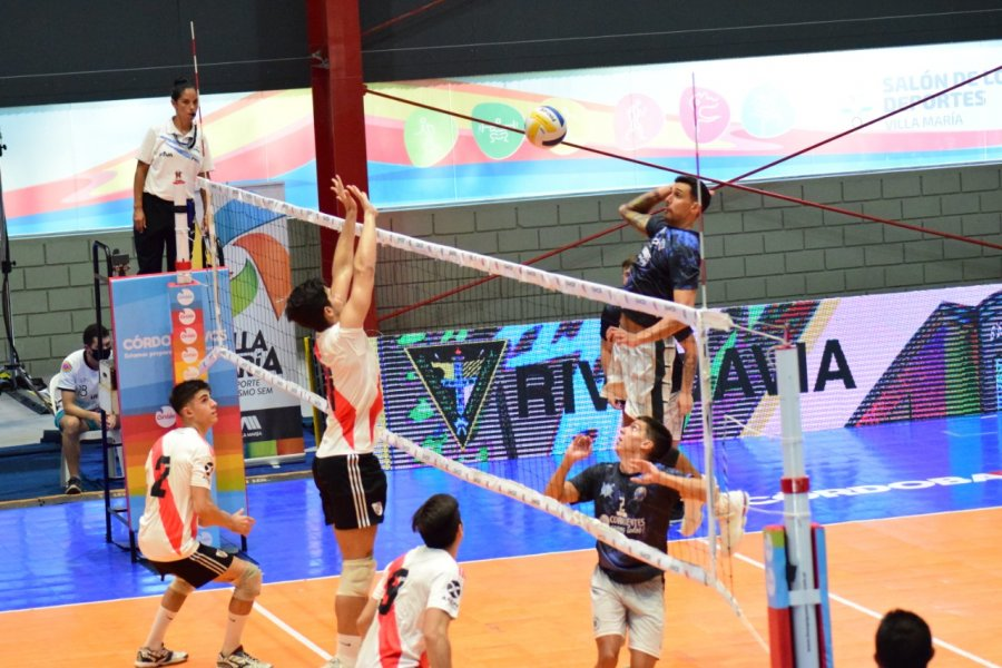 Liga Nacional de Vóleibol : Regatas se despidió de un gran torneo